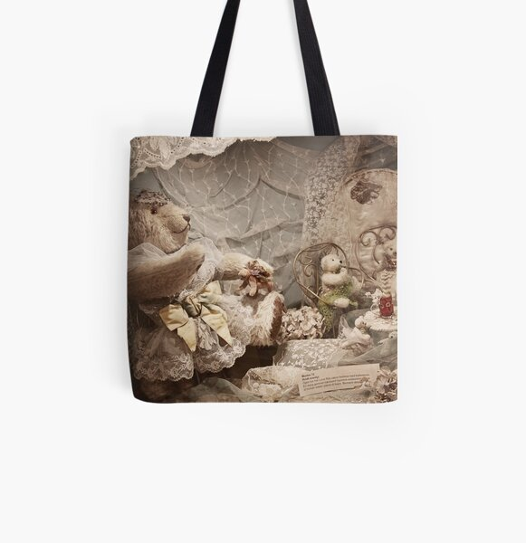 Bear with friends All Over Print Tote Bag