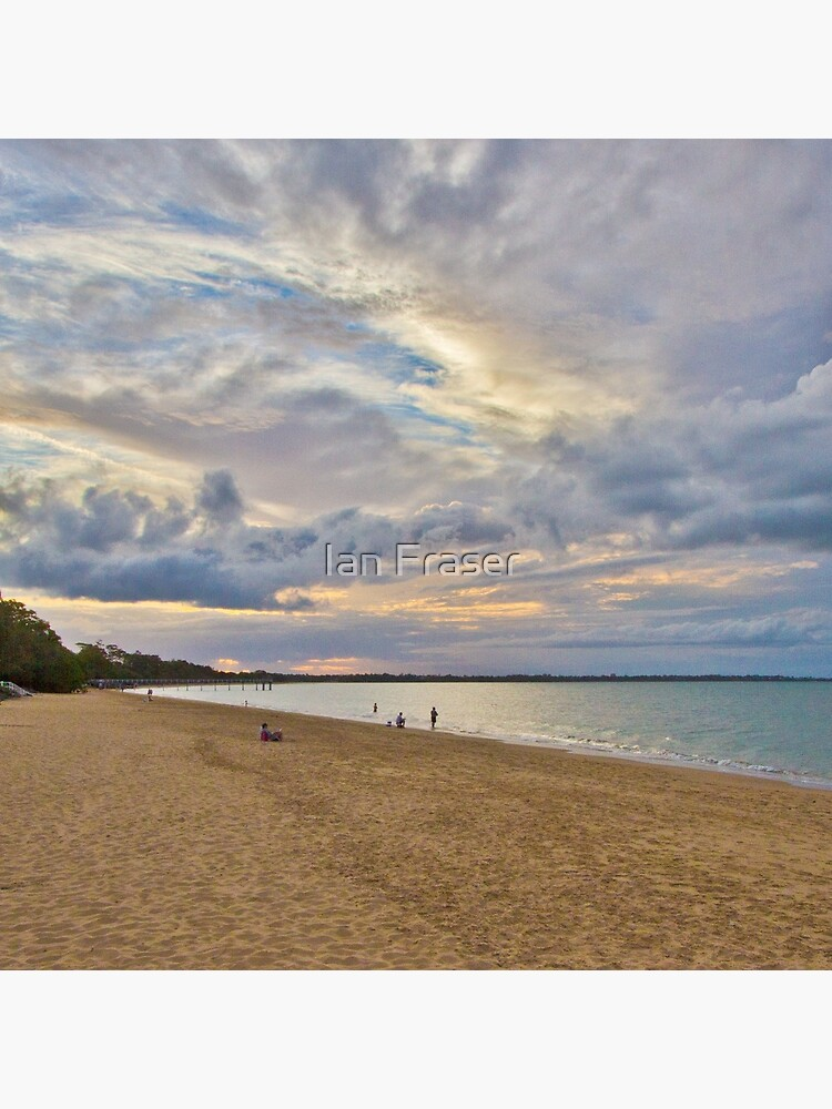 Harvey Bay by Mowog