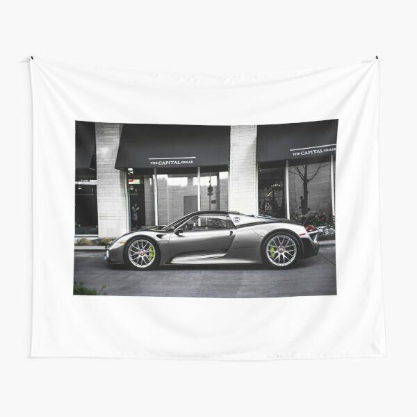 Porsche 918 Spyder  Tapestry