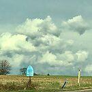 Weiß und Grau, kontrastierende Wolken. von Billlee