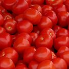 Market: Tomatoes by JuliaPaa