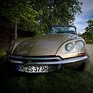 Citroën DS by yOOrek