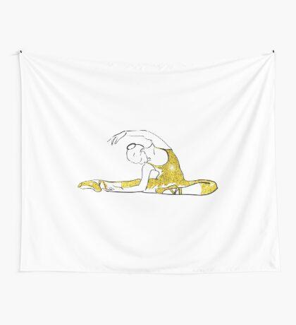 Vektorskizze der Mädchenballerina-Stellung. Gold Textur Wandbehang