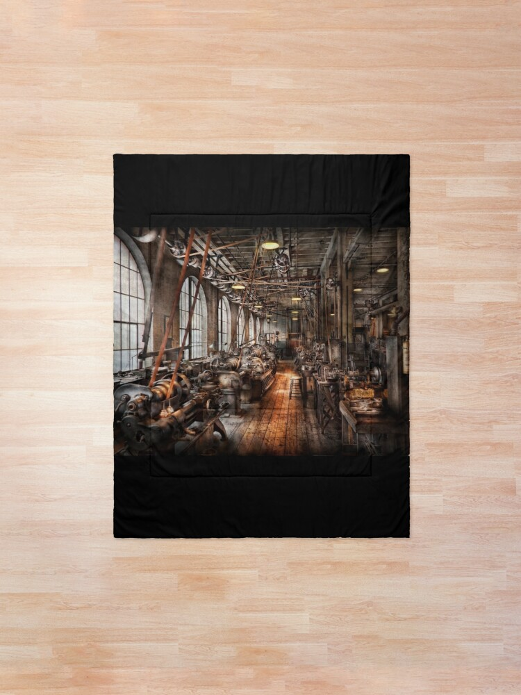 Alternate view of Machinist - A fully functioning machine shop  Comforter