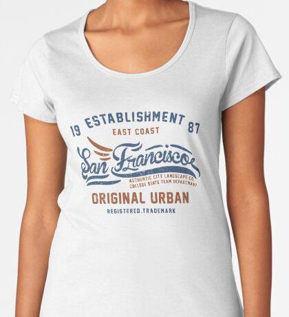 San Francisco Vintage Hand Lettering College Premium Scoop T-Shirt