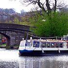 Restaurant Barge II von Tom Gomez