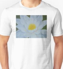 "Fine art. Water Lillie ""Tenderness""Oil painting. Nature. Flower T-Shirt"
