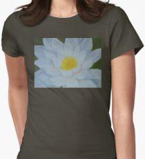 "Fine art. Water Lillie ""Tenderness""Oil painting. Nature. Flower T-Shirt"