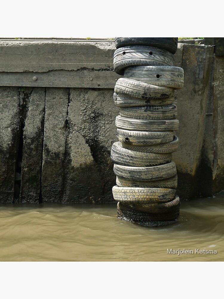 Dock fender by marjoleink