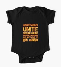 Body de manga corta para bebé Funny Introvert Product   Unite   Gifts With Quotes