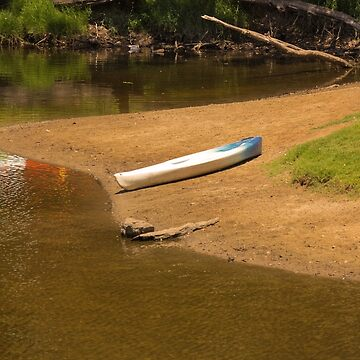 A Lonely Kayak by decoaddict