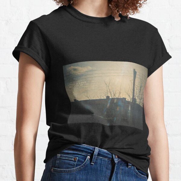 """There is a crack in everything. That's how the light gets in.""  ~ Leonard Cohen Classic T-Shirt"