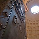 Making an entrance (The Pantheon, Rome) by Sue Knowles