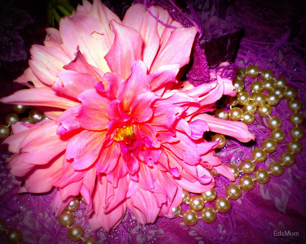 Dahlia - A Sweet flower with pearls by EdsMum