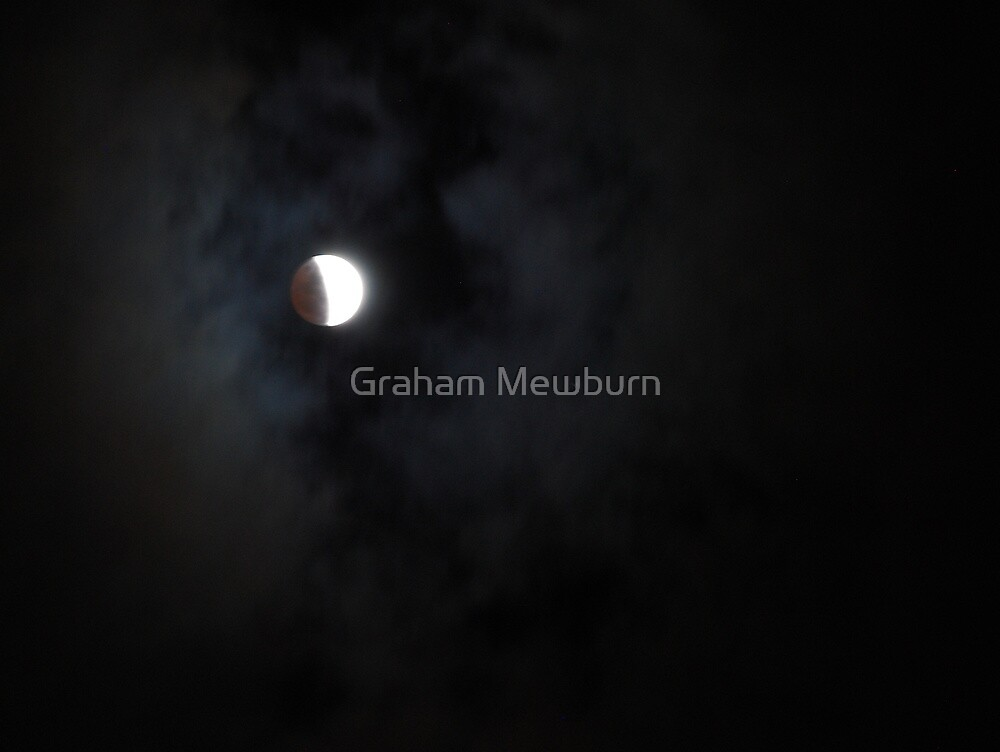 Lunar Eclipse 26 June 2010 by Graham Mewburn