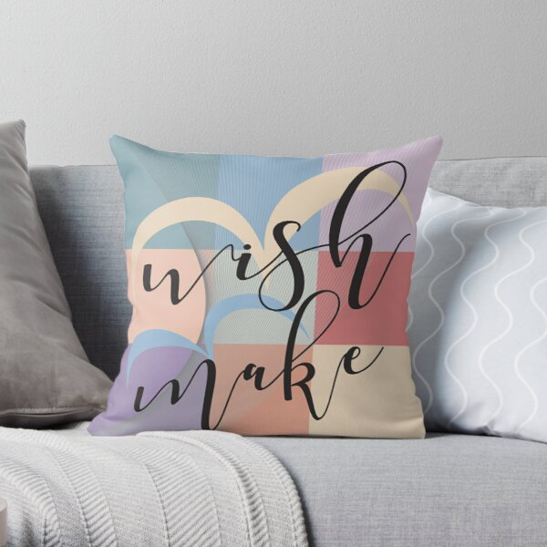 Wish & Make – Retro-Style Throw Pillow