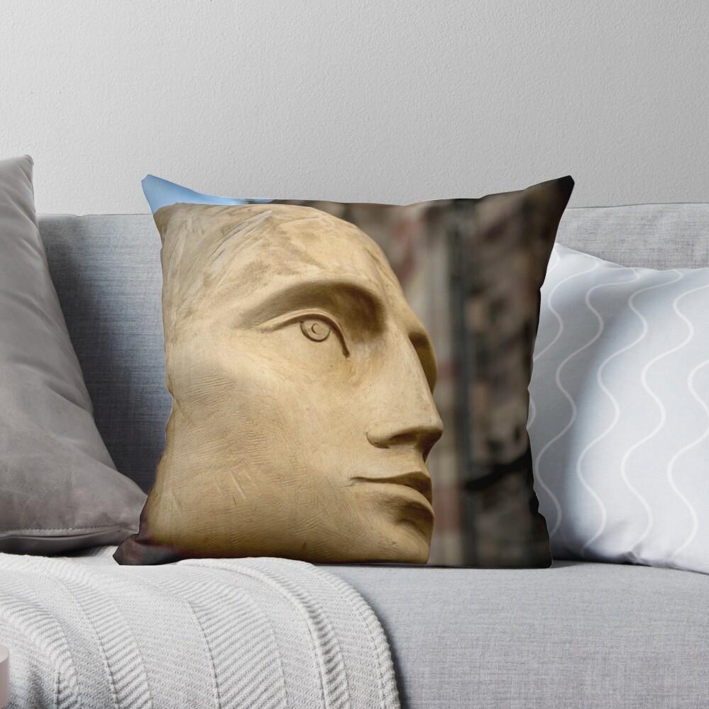 modern sculpture Throw Pillow