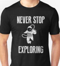 Camiseta ajustada nunca dejes de explorar