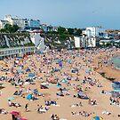 Broadstairs Beach: Panoramic View by DonDavisUK