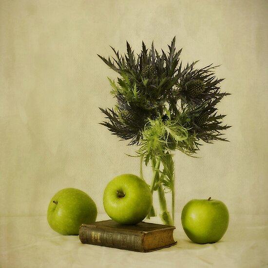 Green apples and blue thistles by Priska Wettstein