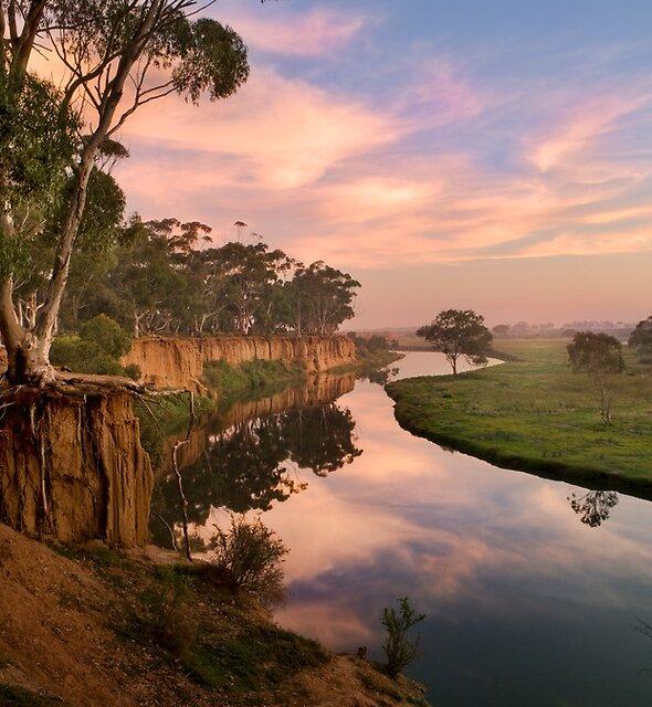 Peaceful dawn at Werribee Park by NadiaLe