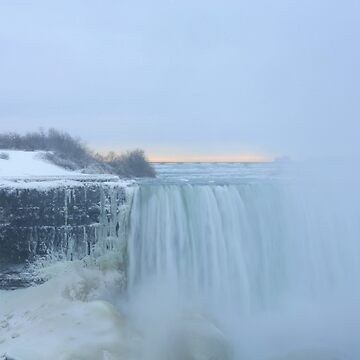 Niagara Falls in Winter by stine1