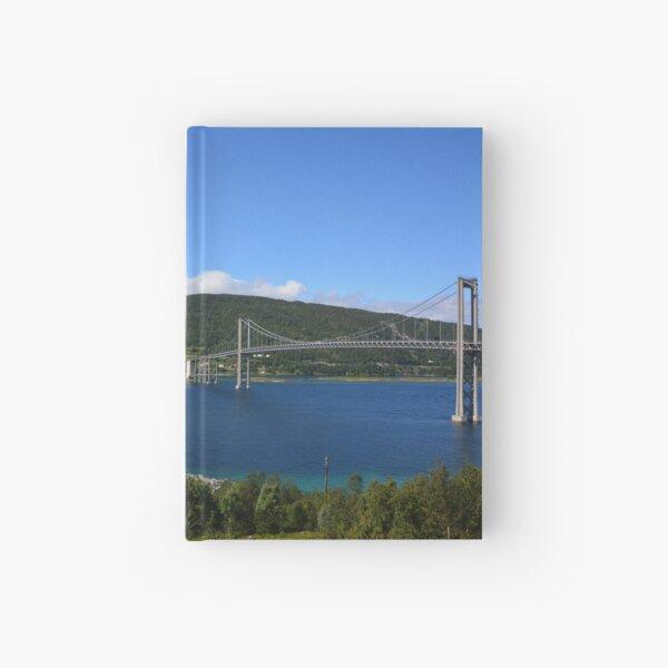 Tjeldsundbrücke zwischen Festland und Insel Hinnøya in Troms, Norwegen Notizbuch