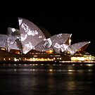 Vivid Sydney 2010 - Opera House Feathers by pyko