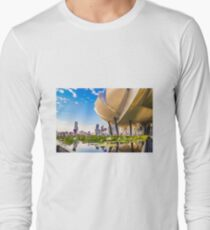 Artscience museum singapore Long Sleeve T-Shirt