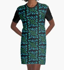 Spider fly Flower 3 Graphic T-Shirt Dress