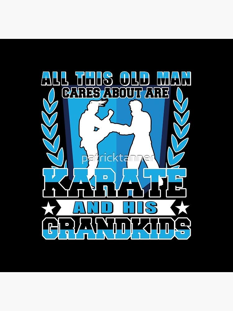 Old Man Karate And Grandkids von patricktanner