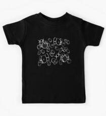 Kaws Black and White sehen und ansehen Kinder T-Shirt