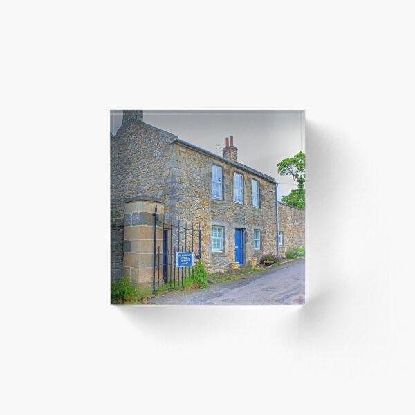 Hopetoun Estate Gatehouse Acrylic Block