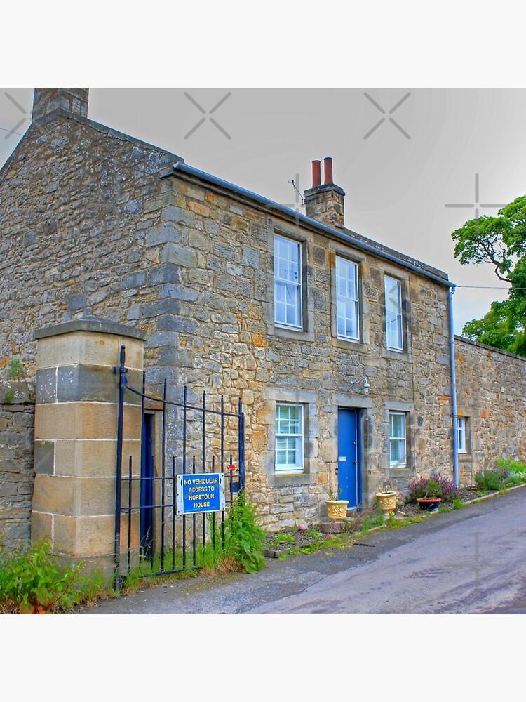 Hopetoun Estate Gatehouse by tomg