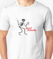 Jüngste soziale Verzerrung Slim Fit T-Shirt