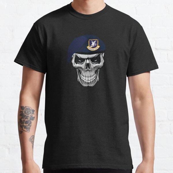 Fuerzas de seguridad Defender Skull Beret Camiseta clásica