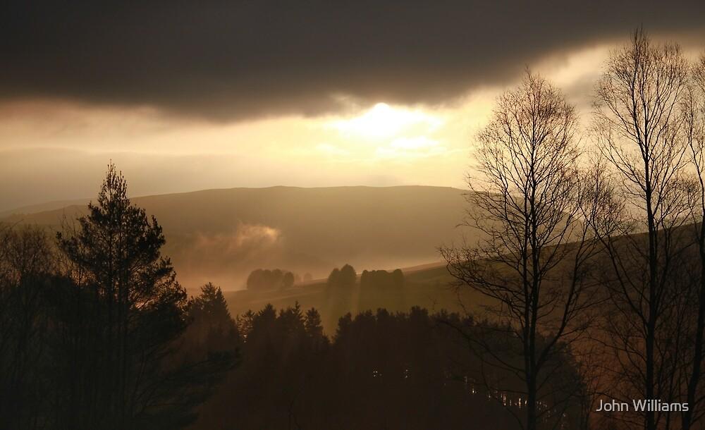 Sonnenaufgang über dem Clywedog von John Williams
