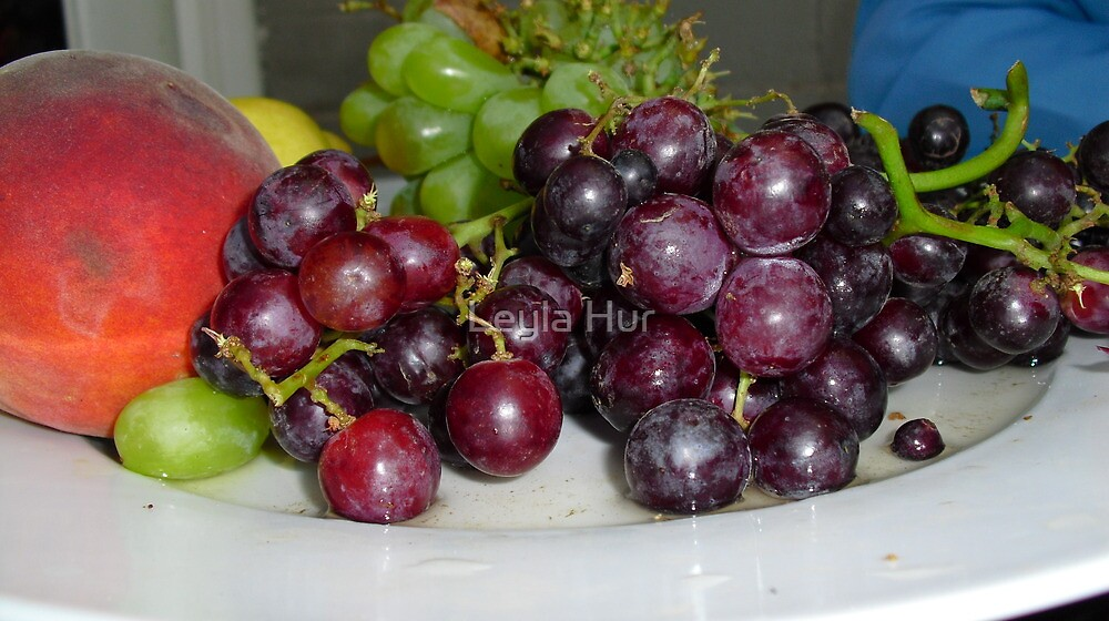 Fruit Platter by Leyla Hur