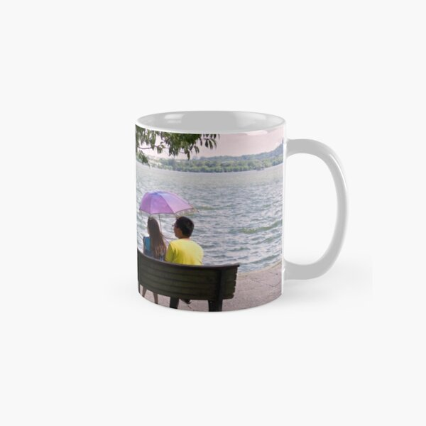 Romance by the lake - Hangzhou, China Classic Mug