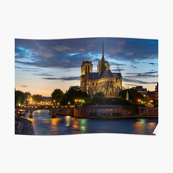Cathédrale Notre-Dame de Paris la nuit Poster