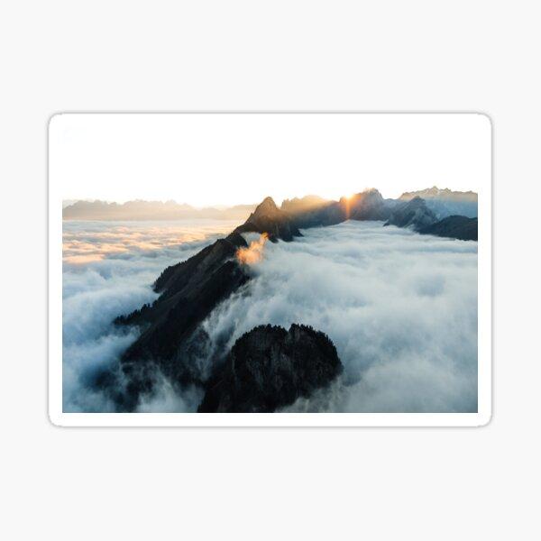 Wolkenmeer in den Schweizer Alpsteinbergen Sticker