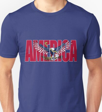 090-919 Red America with an American Flag Eagle-light background T-Shirt
