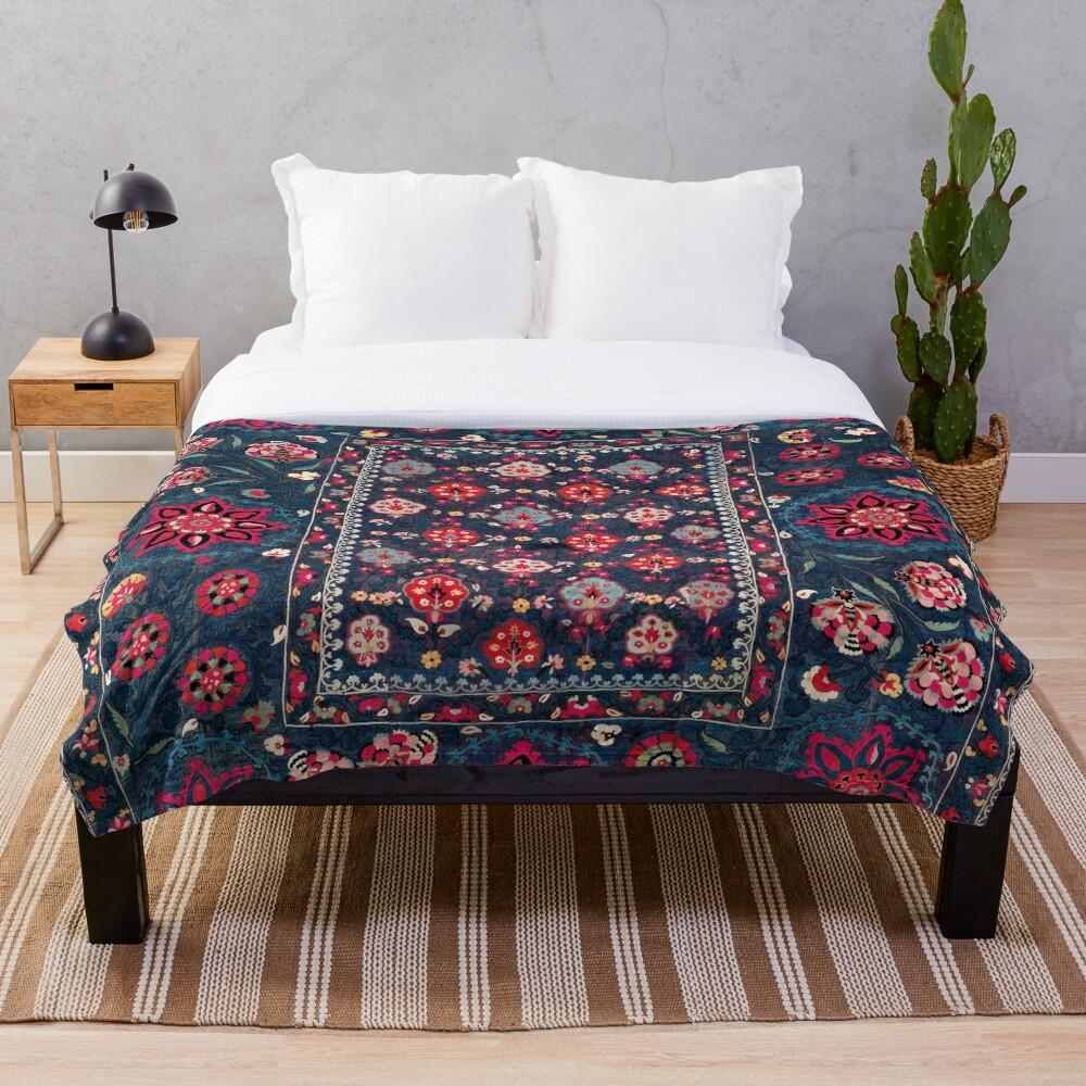 Lakai Suzani Shakhrisyabz Uzbek Embroidery Print Throw Blanket