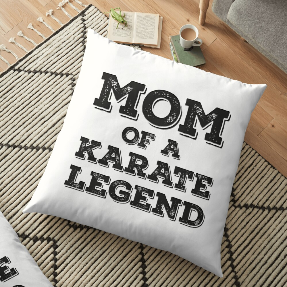 Karate Mom Of Son Daughter Child Karateka Blackbelt Mother's Day Gift Bodenkissen