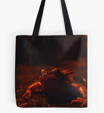 frog at large Tote Bag