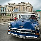 In the Streets of Havana by Sue  Cullumber