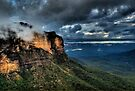 Jamison Valley | The Blue Mountains | Under a Dark Stormy Sky | HDR by DavidIori