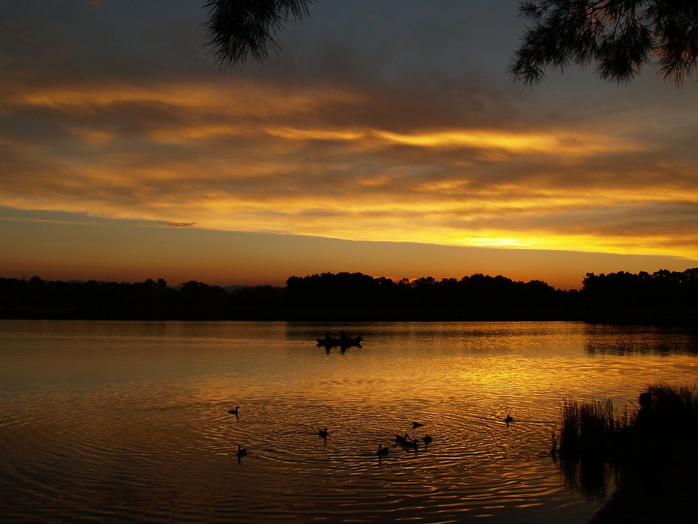 End Of Day On Lake Ginninderra - Canberra by shortshooter-Al