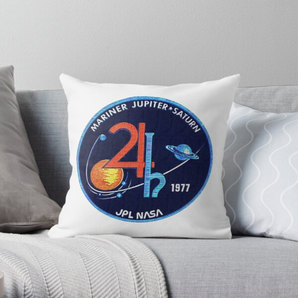Mariner Jupiter/Saturn '77 - large patch insignia Throw Pillow
