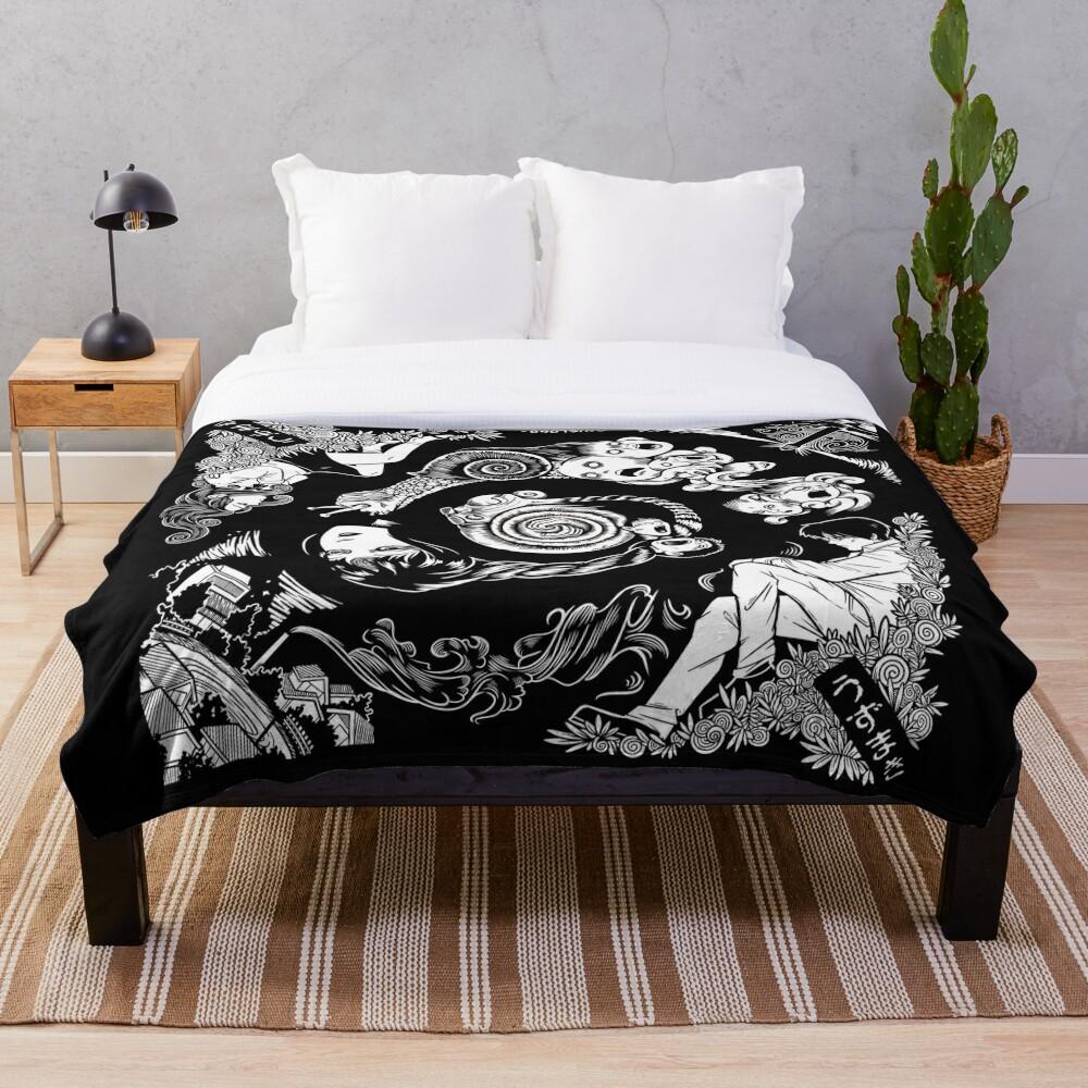 Spiral Into Horror - Uzumaki Throw Blanket
